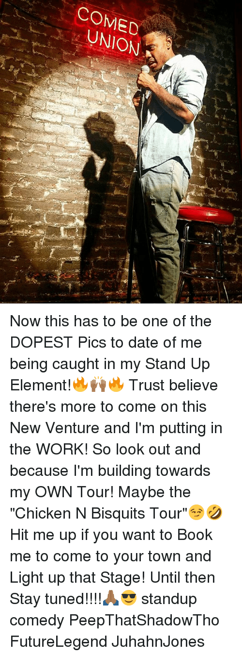 """lighted: COMED  UNION Now this has to be one of the DOPEST Pics to date of me being caught in my Stand Up Element!🔥🙌🏾🔥 Trust believe there's more to come on this New Venture and I'm putting in the WORK! So look out and because I'm building towards my OWN Tour! Maybe the """"Chicken N Bisquits Tour""""😏🤣 Hit me up if you want to Book me to come to your town and Light up that Stage! Until then Stay tuned!!!!🙏🏾😎 standup comedy PeepThatShadowTho FutureLegend JuhahnJones"""