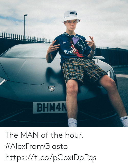 Emil: Emil  BHM4N  MAN The MAN of the hour.   #AlexFromGlasto https://t.co/pCbxiDpPqs