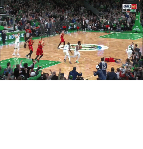 "Young: FOX  EPORTS  E E BIOZE  12  25  12. ""People can watch and see and judge what happened."" - Trae Young on the Marcus Smart incident   https://t.co/0GpfAQef5e"