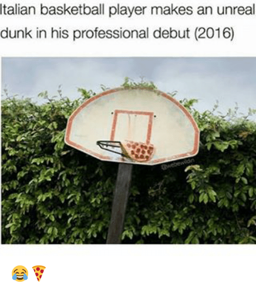 Unreall: Italian basketball player makes an unreal  dunk in his professional debut (2016) 😂🍕