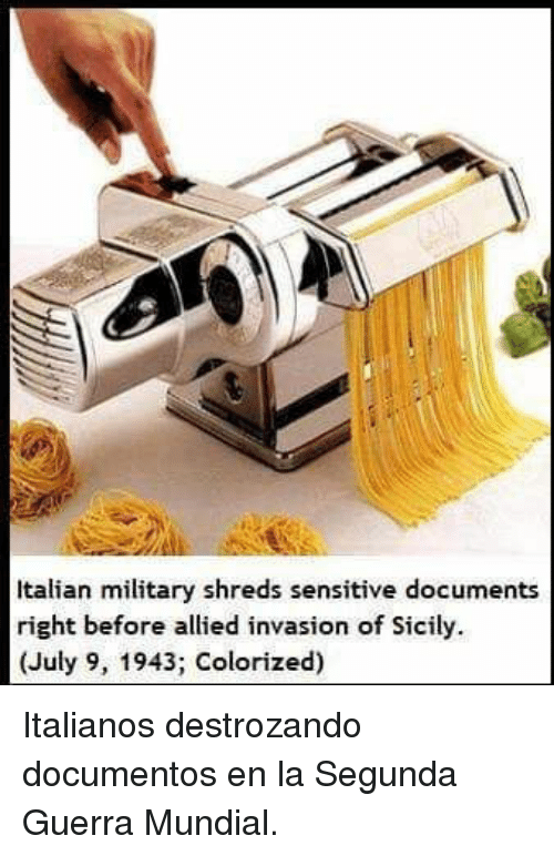 Military, Sicily, and Invasion: Italian military shreds sensitive documents  right before allied invasion of Sicily.  (July 9, 1943; Colorized) <p>Italianos destrozando documentos en la Segunda Guerra Mundial.</p>