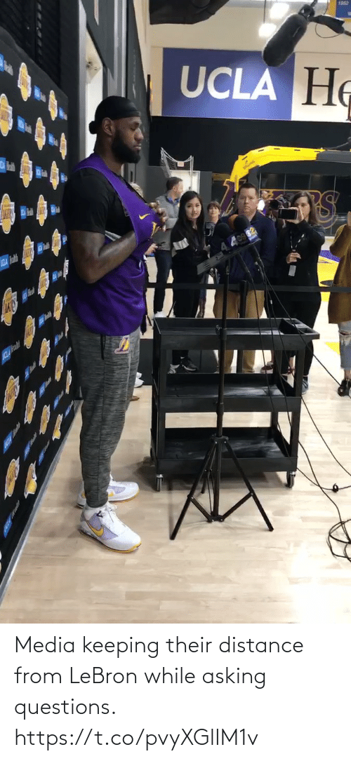 questions: Media keeping their distance from LeBron while asking questions.  https://t.co/pvyXGlIM1v