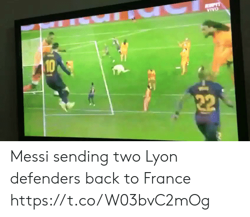 Defenders: Messi sending two Lyon defenders back to France https://t.co/W03bvC2mOg
