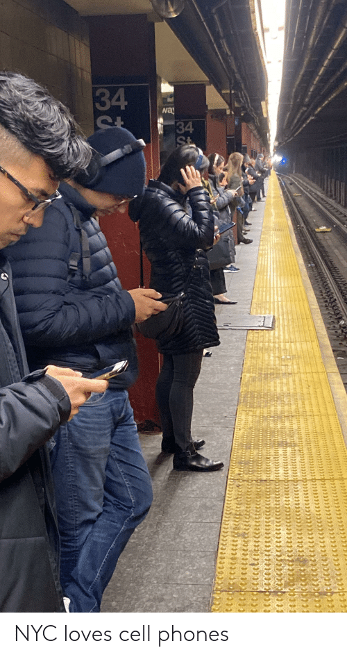 cell phones: NYC loves cell phones