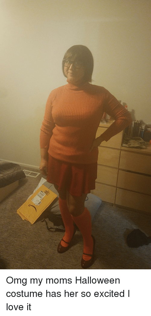 Halloween, Love, and Moms: Omg my moms Halloween costume has her so excited I love it