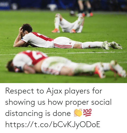 ajax: Respect to Ajax players for showing us how proper social distancing is done 👏💯 https://t.co/bCvKJyODoE