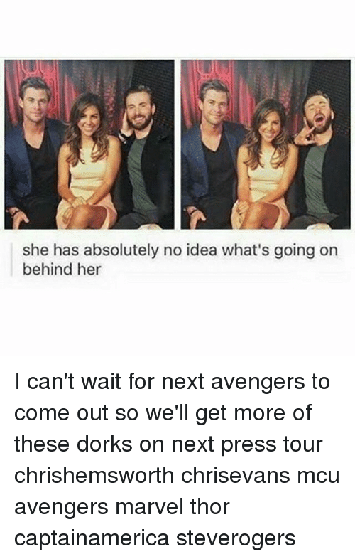 absolution: she has absolutely no idea what's going on  behind her I can't wait for next avengers to come out so we'll get more of these dorks on next press tour chrishemsworth chrisevans mcu avengers marvel thor captainamerica steverogers