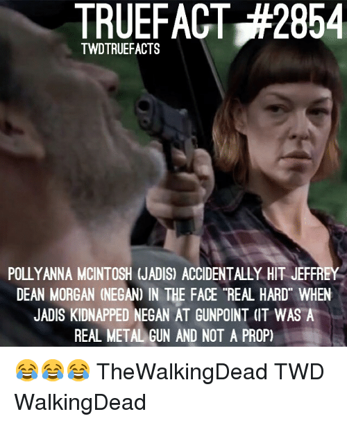 "thewalkingdead: TRUEFACT,#2854  TWDTRUEFACTS  POLLYANNA MCINTOSH (JADIS) ACCIDENTALLY HIT JEFFREY  DEAN MORGAN (NEGAN) IN THE FACE ""REAL HARD WHEN  JADIS KIDNAPPED NEGAN AT GUNPOINT (IT WAS A  REAL METALGUN AND NOT A PROP) 😂😂😂 TheWalkingDead TWD WalkingDead"