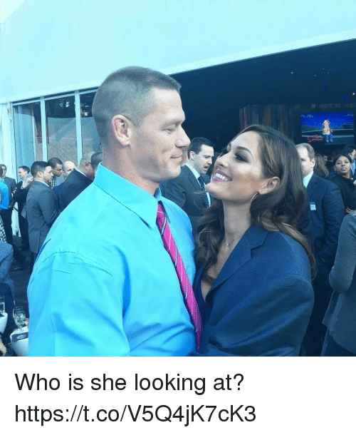 Funny, Looking, and Who: Who is she looking at? https://t.co/V5Q4jK7cK3