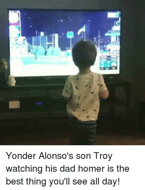 Dad, Mlb, and Best: Yonder Alonso's son Troy watching his dad homer is the best thing you'll see all day!